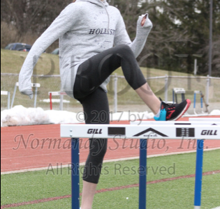 Klosowsky pictured during hurdle drills in her sophomore Spring season.