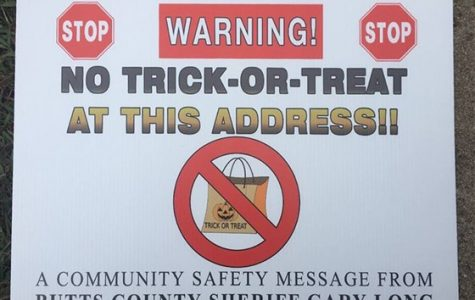 "Sex Offenders Move to Sue Sherrif's Office Over ""No Trick-or-Treat"" Signs"